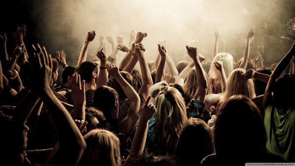 concert_crowd-wallpaper-1280x720